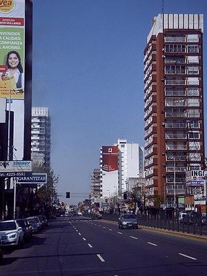 Lanús - Hipólito Yrigoyen Avenue