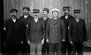 United States Life-Saving Service - The men of the Kitty Hawk Life-Saving Station, 1900.
