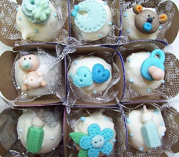 Baby shower- comest%C3%ADvel chocolate truffles