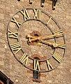 Bamberg Erlöserkirche Turmuhr 272503.jpg