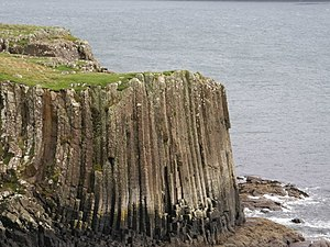 Ulva - Basalt cliffs, near Dùn Bhioramuill on south coast