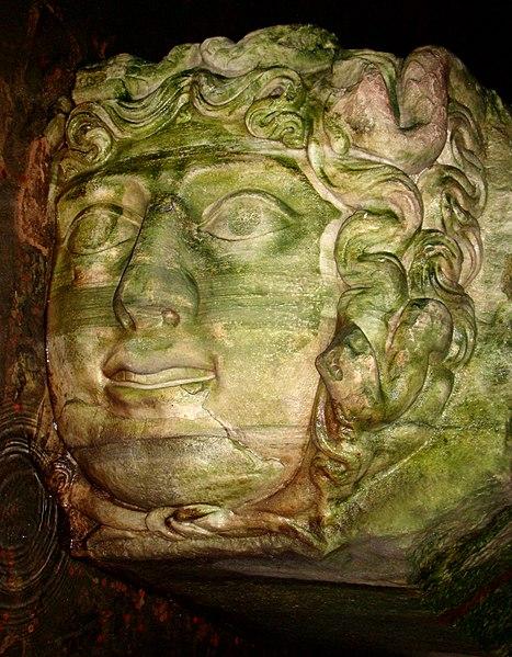 File:Basilica Cistern Medusa Rotated.JPG