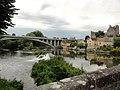 Beaumont-sur-Sarthe (Sarthe) pont routier vue du pont romain.jpg