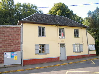 Belloy-Saint-Léonard - The town hall in Belloy-St-Léonard