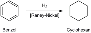 Synthese von Cyclohexan durch Addition von Wasserstoff an Benzol, katalysiert durch Raney-Nickel