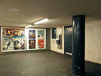 Berlin - U-Bahnhof Turmstraße (9487938637).jpg