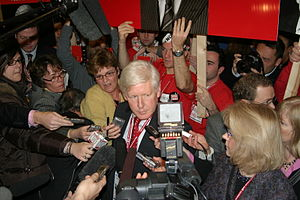 Liberal Party of Canada leadership election, 2006 - Bob Rae speaking to press at Day 1 of the Liberal Leadership Convention