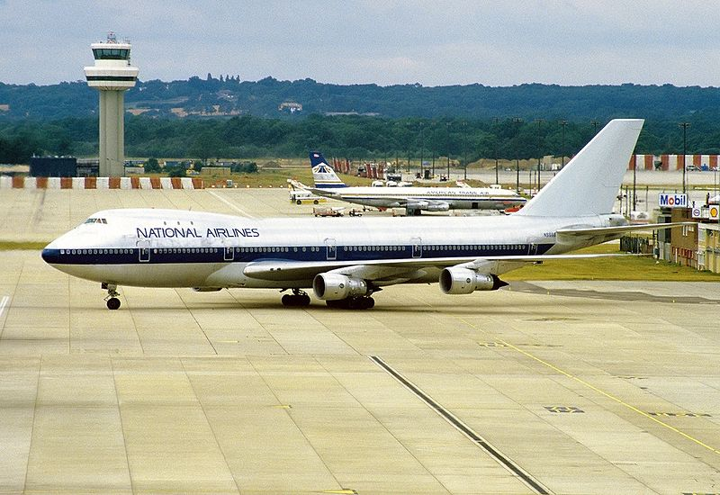 File:Boeing 747-123, National Airlines AN1033234.jpg ...
