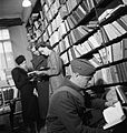 Books in Wartime, 1942 D11292.jpg