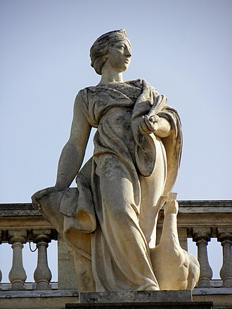 Semele (Handel) - Juno,Bordeaux Grand-Théâtre Statue in the portico