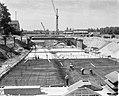 Bouw van IJtunnel, Noordelijke toegangsweg, Adelaarswegen te Amsterdam-Noord, Bestanddeelnr 915-2515.jpg