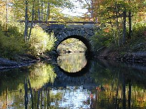 Arch Bridge (Bristol, Maine) - Image: Bristol Mills Freestone Arch Bridge