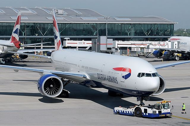 British Airways is to take on budget airline rivals by charging less if passengers travel with just hand luggage.