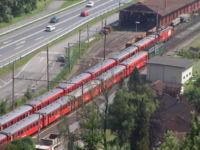 ツェントラル鉄道Deh120形電車と ...