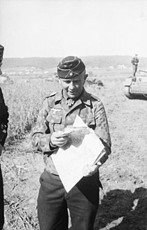 Bundesarchiv Bild 101I-022-2922-10, Russland, Adelbert Schulz, Oberstleutnant der Panzertruppen.jpg