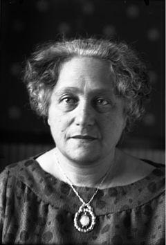 エルザ アインシュタイン wikipedia