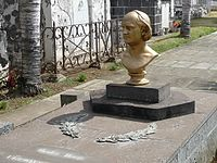 Buste de Leconte de Lisle (3742423372).jpg