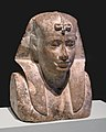 Busto de soberano (26186965093).jpg
