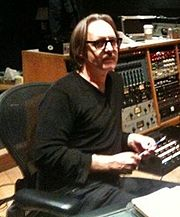 https://upload.wikimedia.org/wikipedia/commons/thumb/f/f1/ButchVig2010.jpg/180px-ButchVig2010.jpg