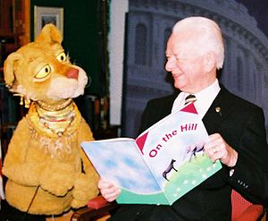 Between the Lions - Senator Robert Byrd with Cleo on Between the Lions