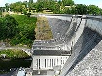 Cère barrage de Saint-Étienne-Cantalès (1).JPG