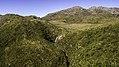 Cachoeira do Aiuruoca e Pedra do Sino.jpg