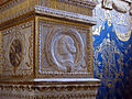 Cappella degli antenati, elefanti malatestiani e dado con stemmi e ritratto s.p. malatesta, sx 03.JPG