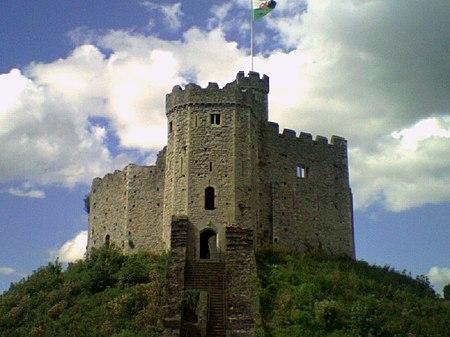 Castell Caerdydd