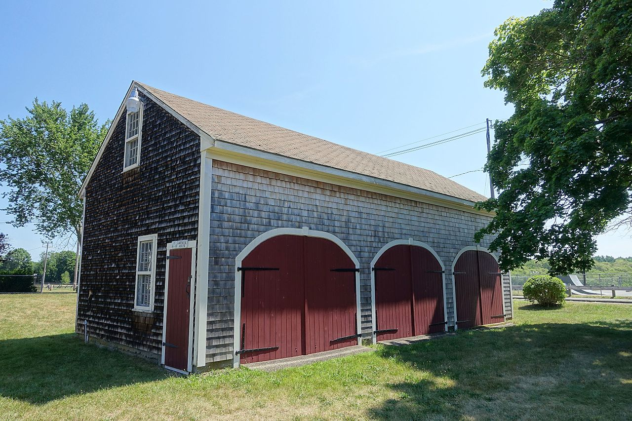 File carriage house recent construction middleborough for Building a house in ma