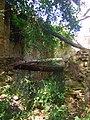 Case dirute del borgo di Largnano - panoramio.jpg
