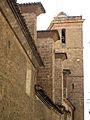 Catedral de Sogorb, contraforts i campanar.jpg