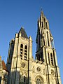Cathedrale de Senlis - Facade occidentale 02.jpg