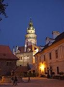 Cesky Krumlov - Castillo de noche.jpg