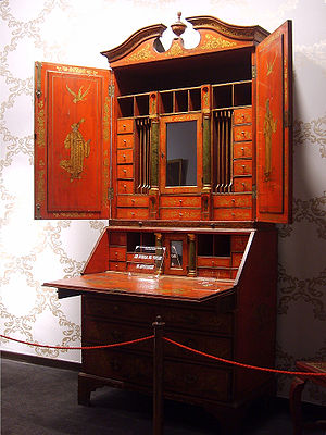 Secretary desk - Chippendale desk
