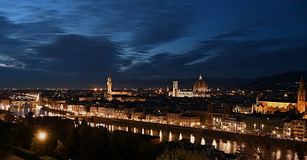 Florence at night from Piazzale Michelangelo Cityscape of Florence in the Night.jpg