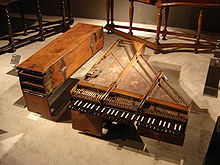 photo : clavecin brisé