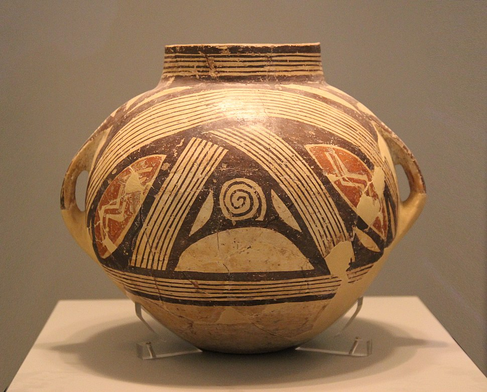 Clay vase with polychrome decoration, Dimini, Magnesia, Late or Final Neolithic (5300-3300 BC)