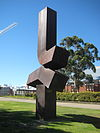 Clement Meadmore Perth 01.jpg