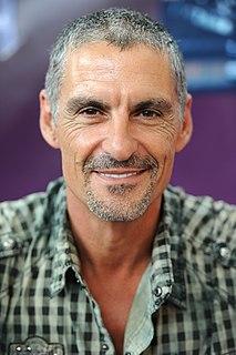 Cliff Simon