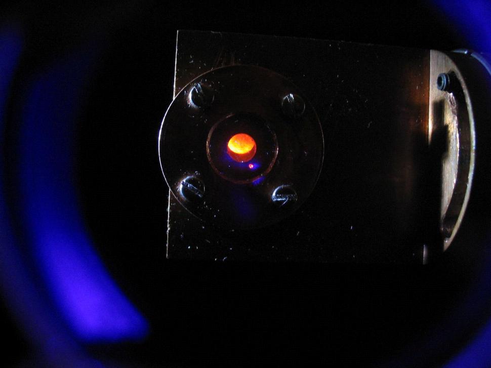 Cm-Fluoreszenz