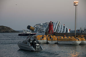Collision of Costa Concordia 16.jpg