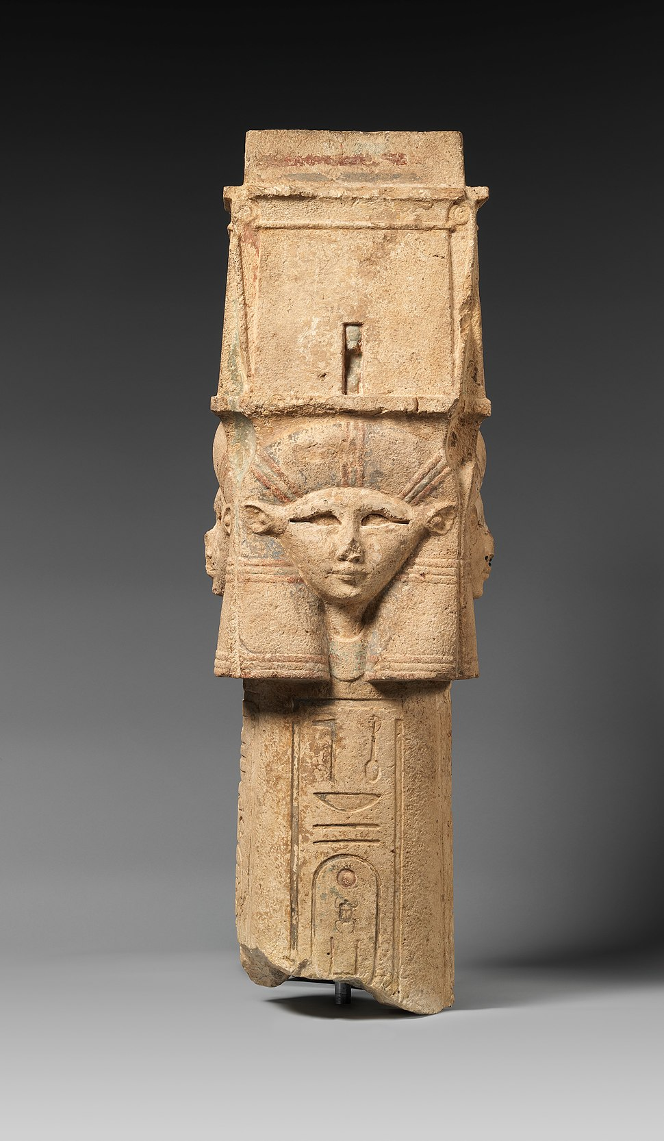 Column with Hathor-emblem capital and names of Nectanebo I on the shaft MET DP321621
