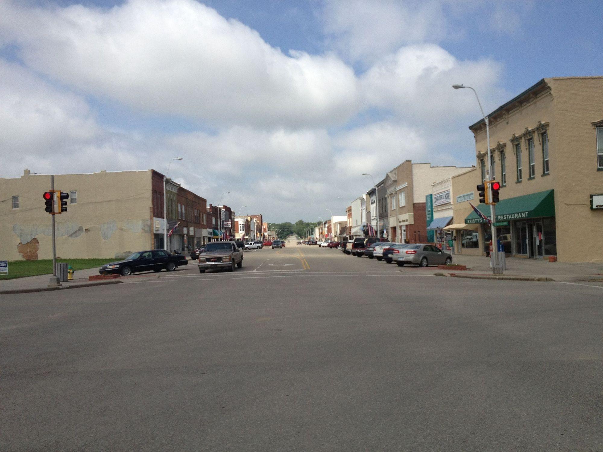 RP: Main Street , CONCORDIA , Kansas , 1930s ; Schmelings