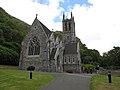 Connemara- Kylemore Abbey - neugotische Kirche - panoramio.jpg