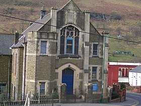 Cwm Methodist church - geograph.org.uk - 725028.jpg