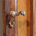 DB Museum waiting room door handle.jpg
