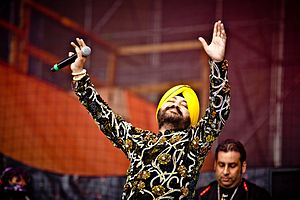 Daler Mehndi - Daler Mehndi in live performance at Madrid, Spain