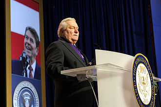 Lech Wałęsa - Wałęsa receiving the Ronald Reagan Freedom Award, 2011
