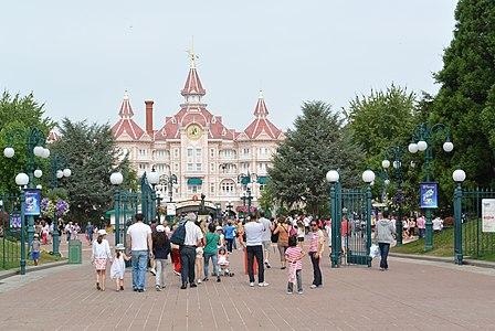 Disneyland Park 05, Paris 22 August 2013