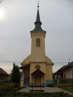 Dubicsányi református templom.JPG